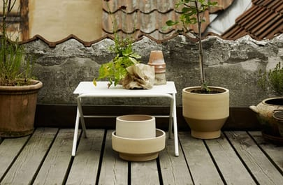 Bow Table Low, Silver White