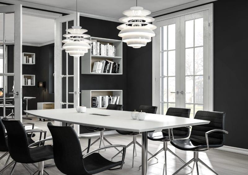 Hvid mødebord til 8