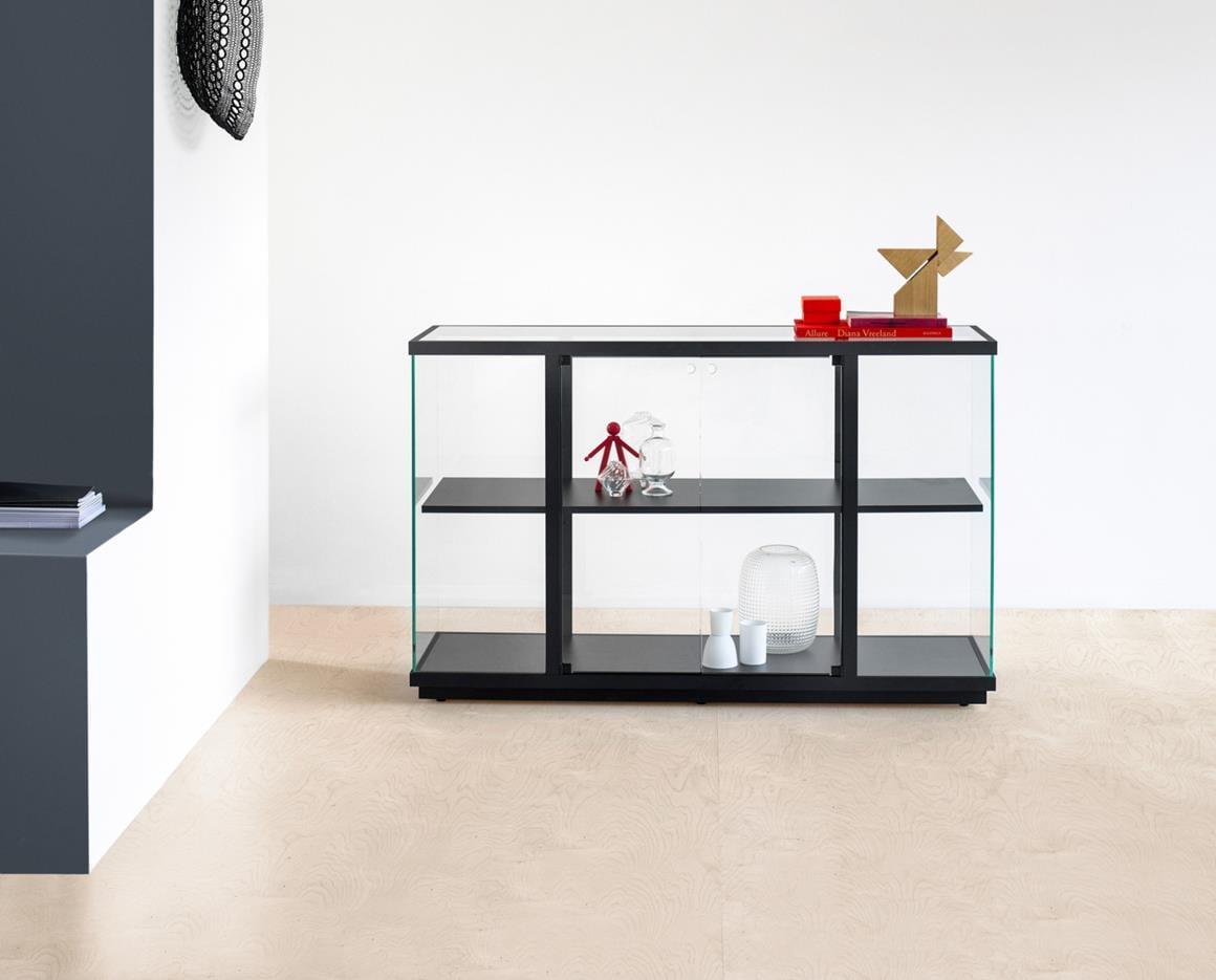 Udstillings-glasskab.1